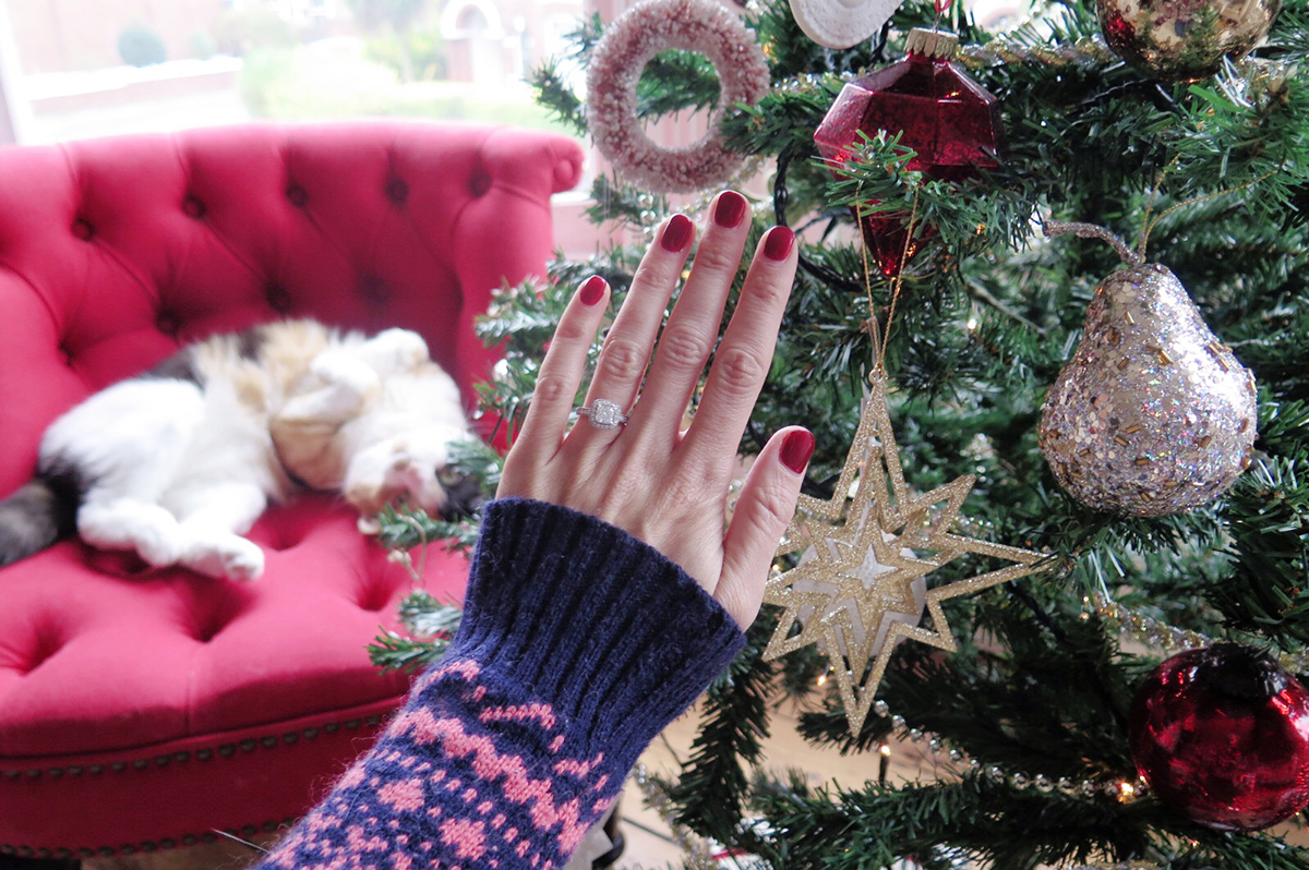 Christmas ring sparkle