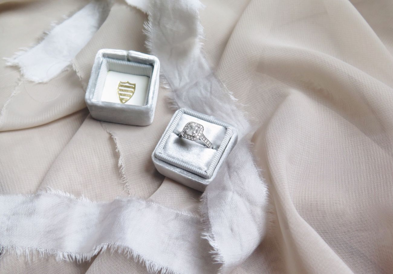 Cushion-cut-engagment-ring